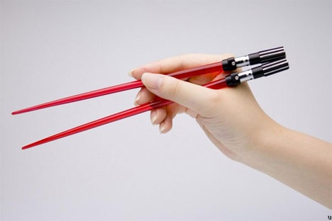 lightsaber-chopsticks